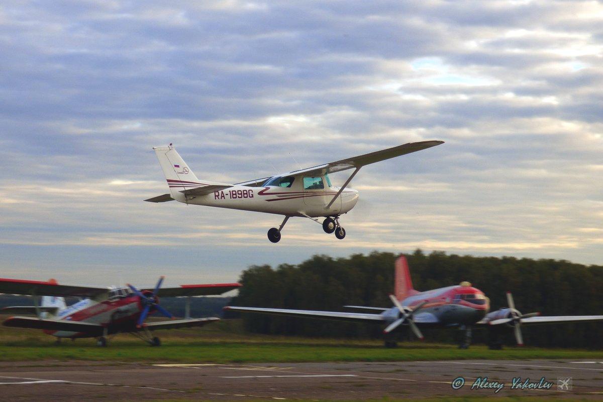 Вечерний полёт Cessna 172. - Alexey YakovLev