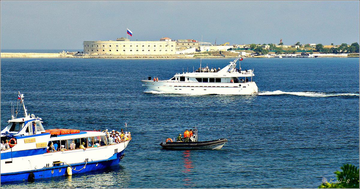 День ВМФ. Яхта командующего Краснознамённым Черноморским флотом - Кай-8 (Ярослав) Забелин