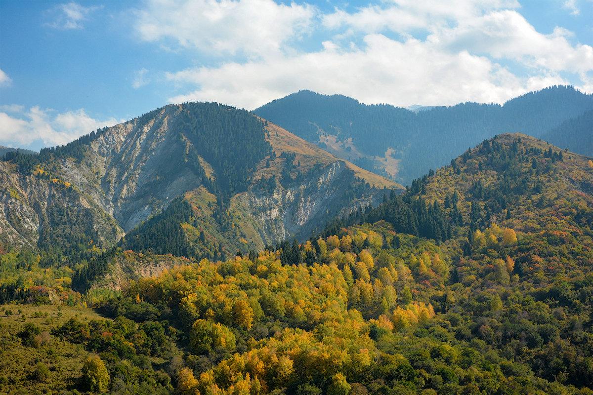Осень в горах - Горный турист Иван Иванов