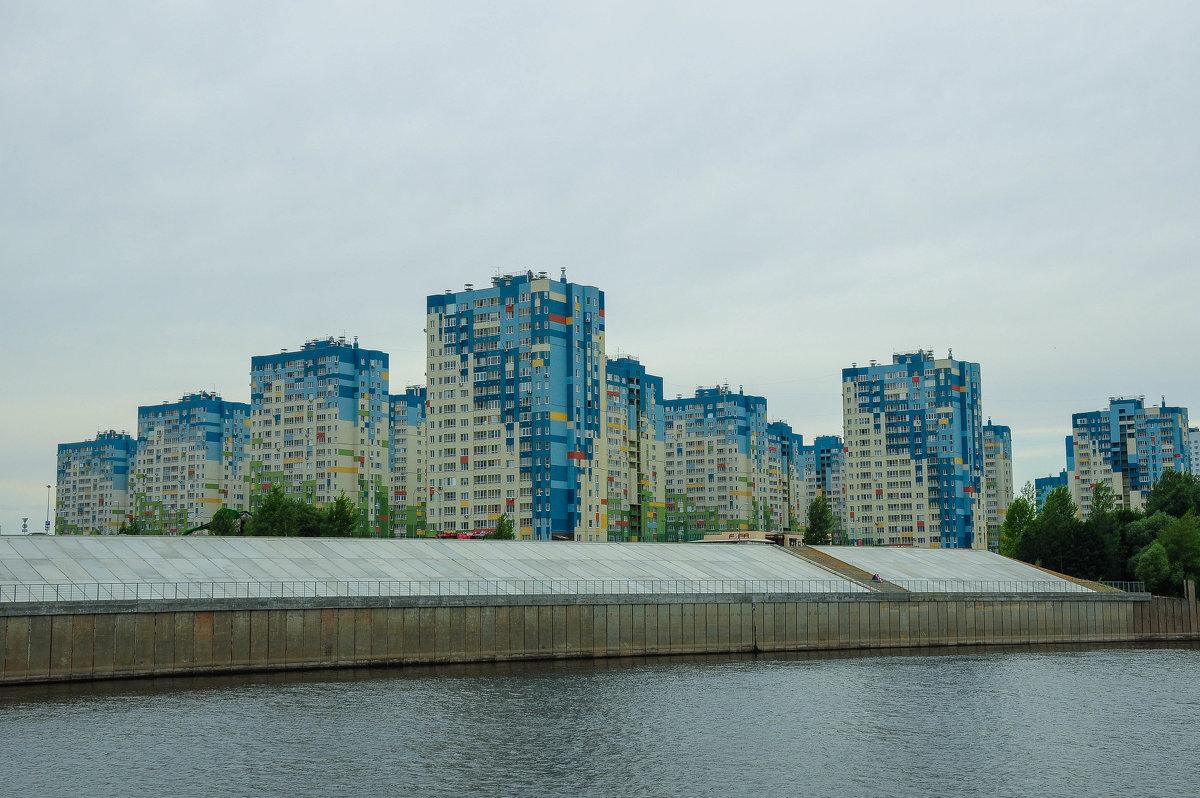 Новый микрорайон в Нижнем Новгороде на берегу Волги - Сергей Тагиров