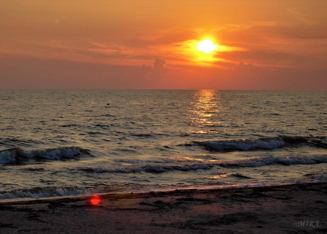 Закат.... и море.... - *MIRA* **