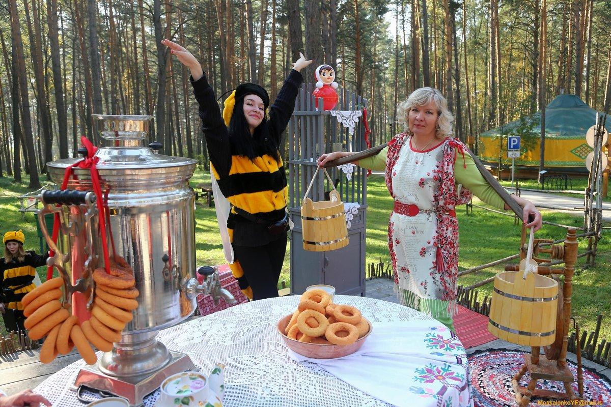 Чай Ведрами...и Пчелы к Самовару....))) - MoskalenkoYP .
