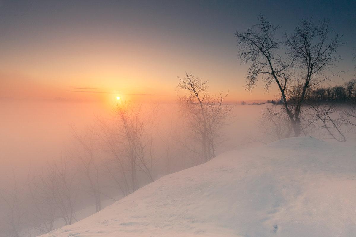 Туманным утром на восходе - Владимир Миронов