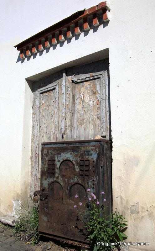давно забытые двери - Олег Лукьянов