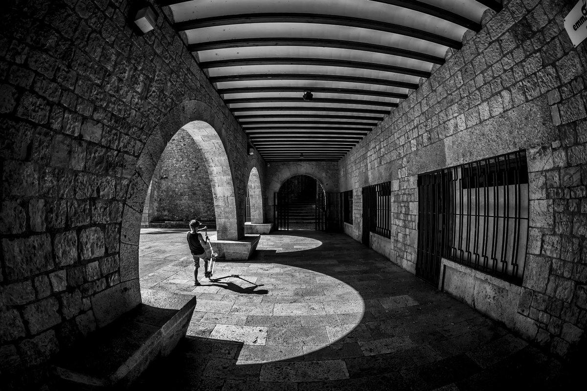 Light and shadow - Dmitry Ozersky