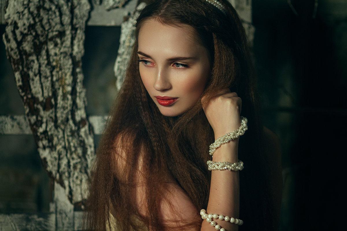 Story | Liliya Nazarova - Liliya Nazarova
