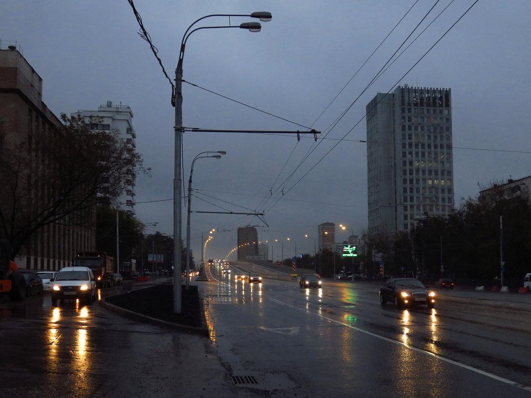 Вечерний город - Андрей Лукьянов