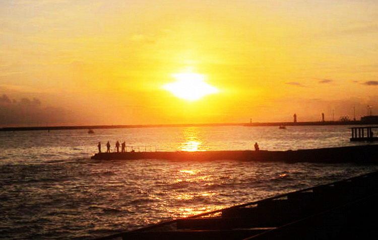 Сочи. Море. Закат. Рыбаки - татьяна