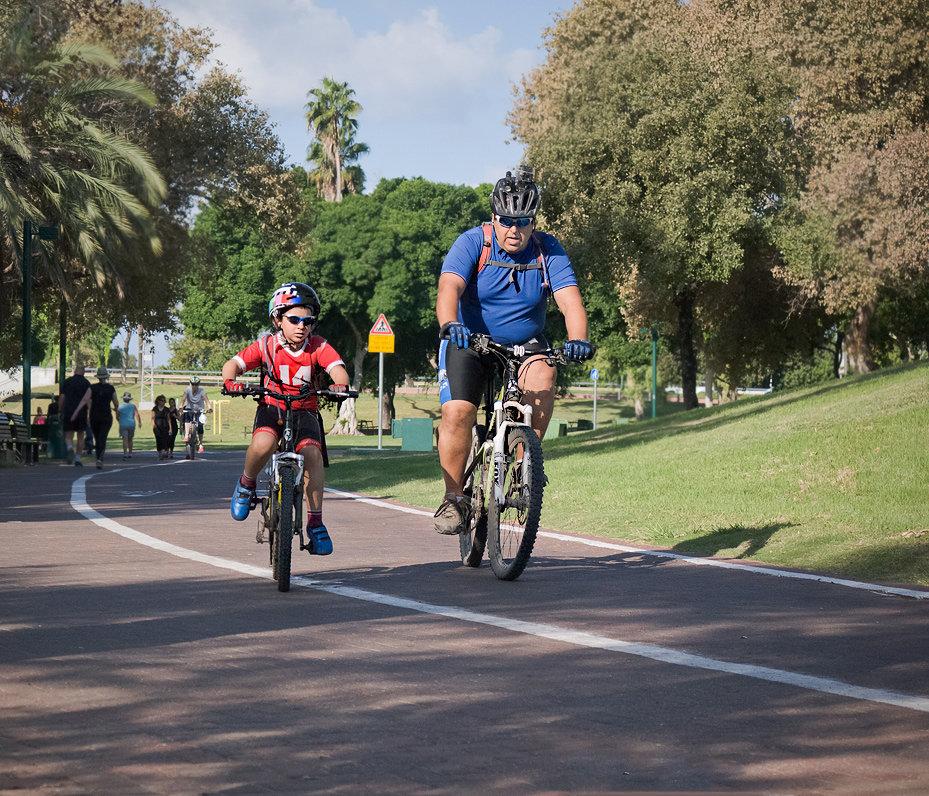 Велопрогулка в выходной - Lmark