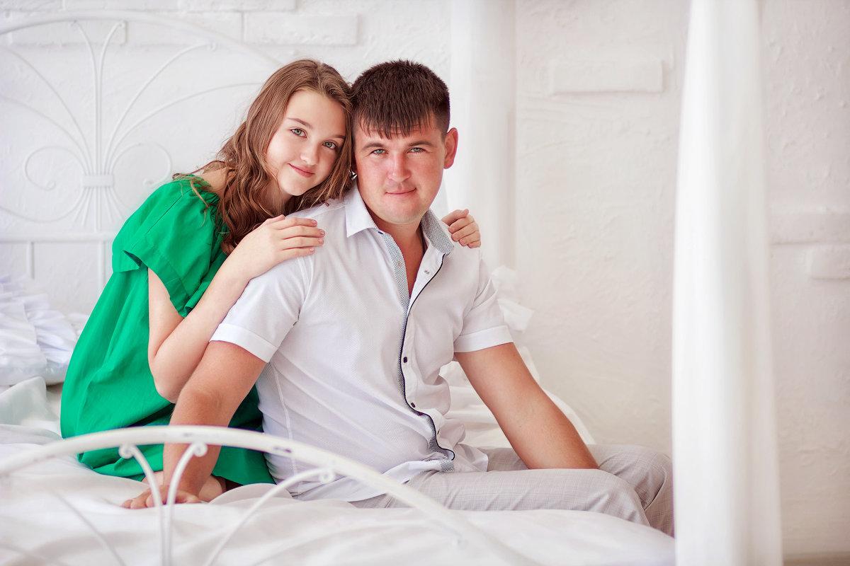 ))) - Александр и Лариса Коноплины