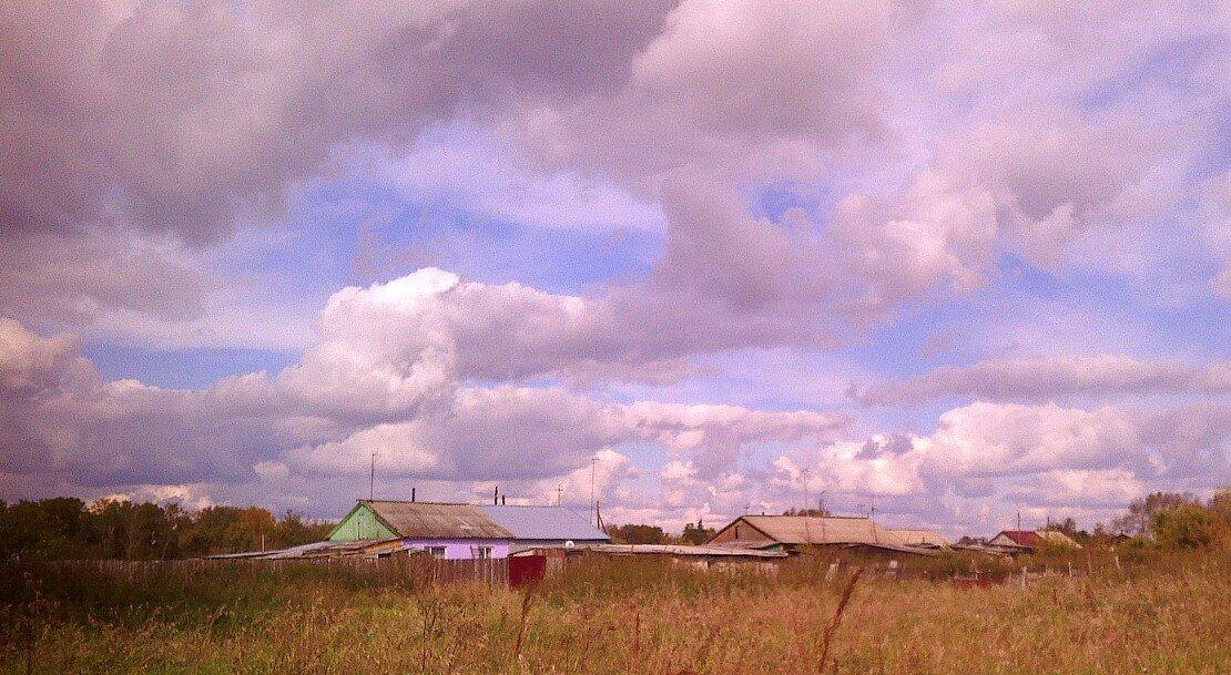 Облака и деревушка - Елена *