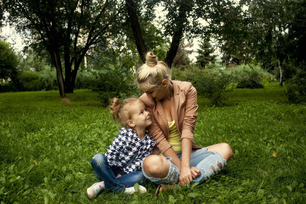 Семейная прогулка - Anton Shumaev