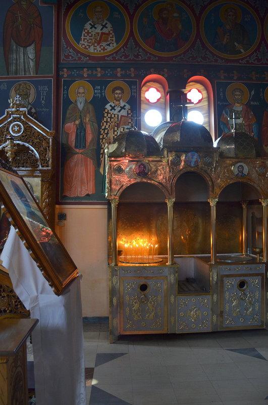 В церкви. - Оля Богданович