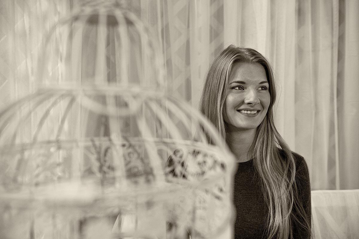 Любая девушка — сумасшедшая птица - Ирина Данилова