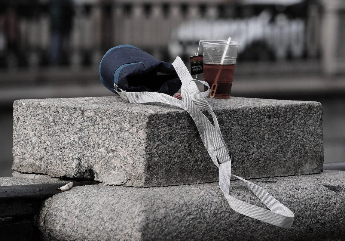 Уличный натюрморт - Виктор Никитенко