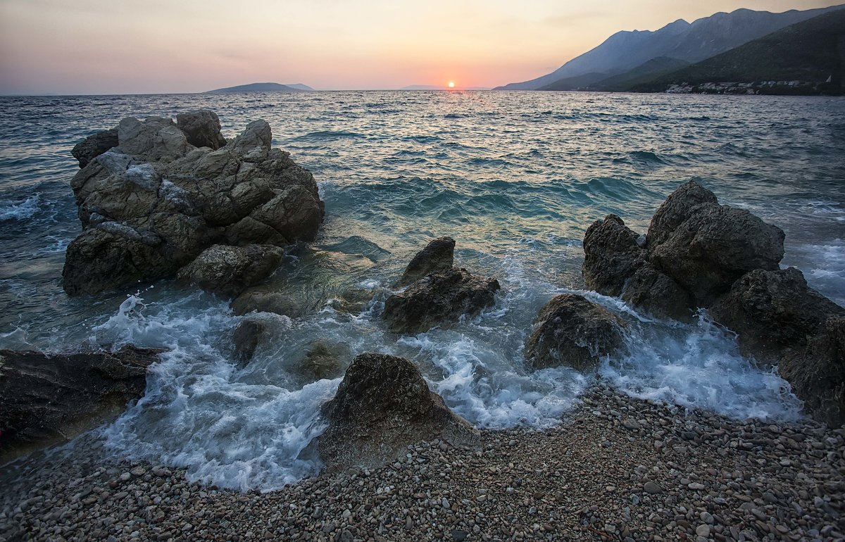 Морской пейзаж, прибоя пена... - АндрЭо ПапандрЭо