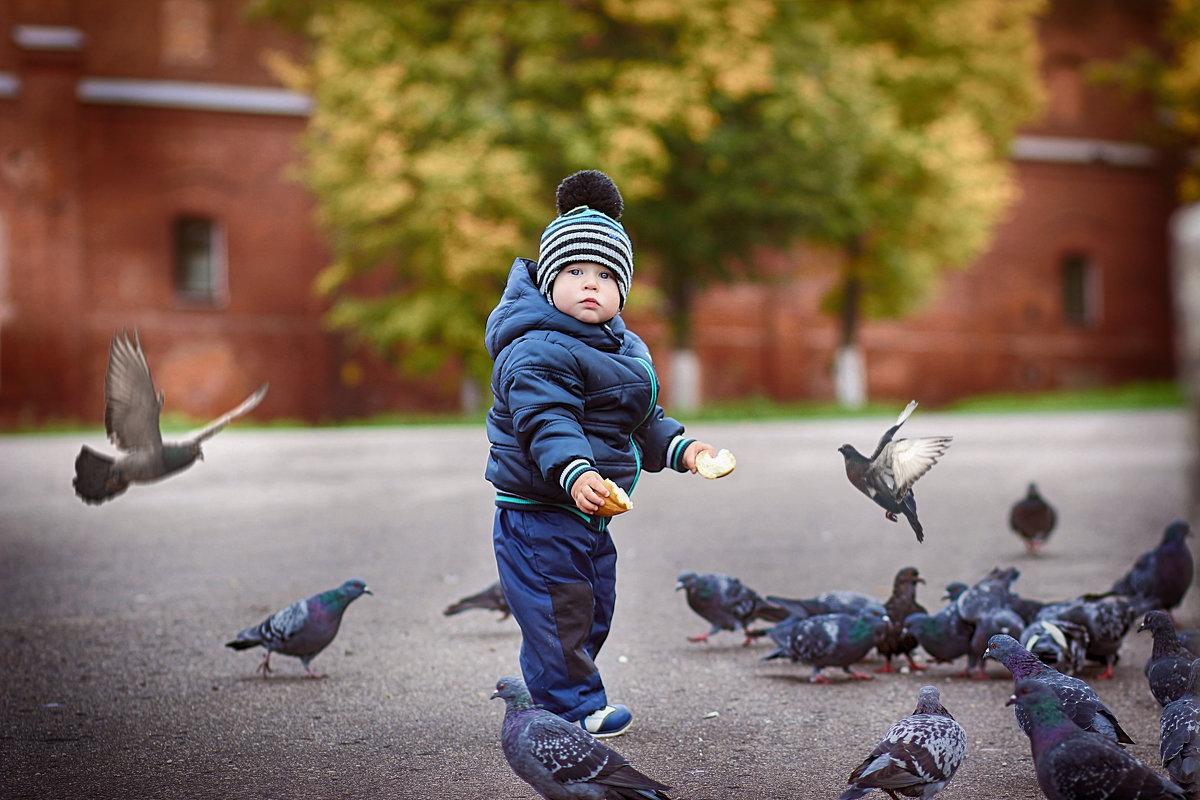 малыш и голуби - Олька Никулочкина