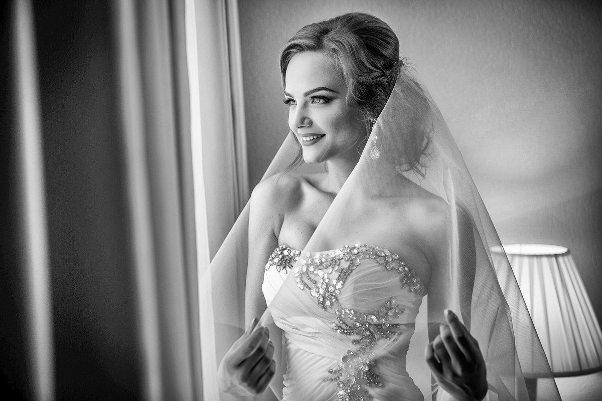 Счастливая невеста. - Евгений Мезенцев