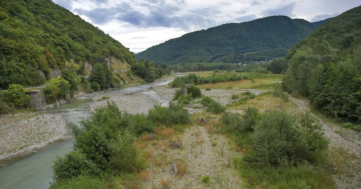 Долина реки Аше - leo yagonen