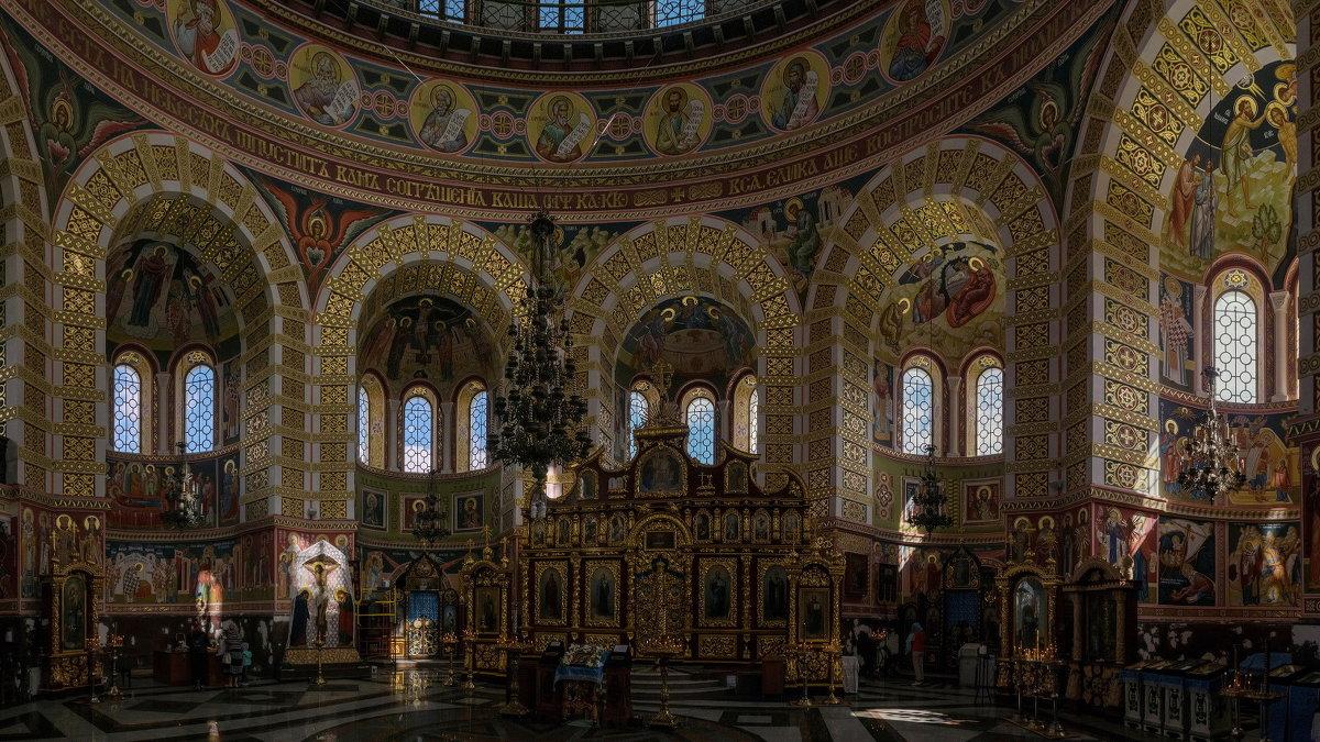 В соборе Св. Николая - Игорь Кузьмин
