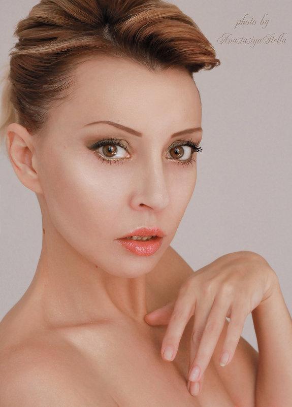 Анастасия - Anastasia Stella