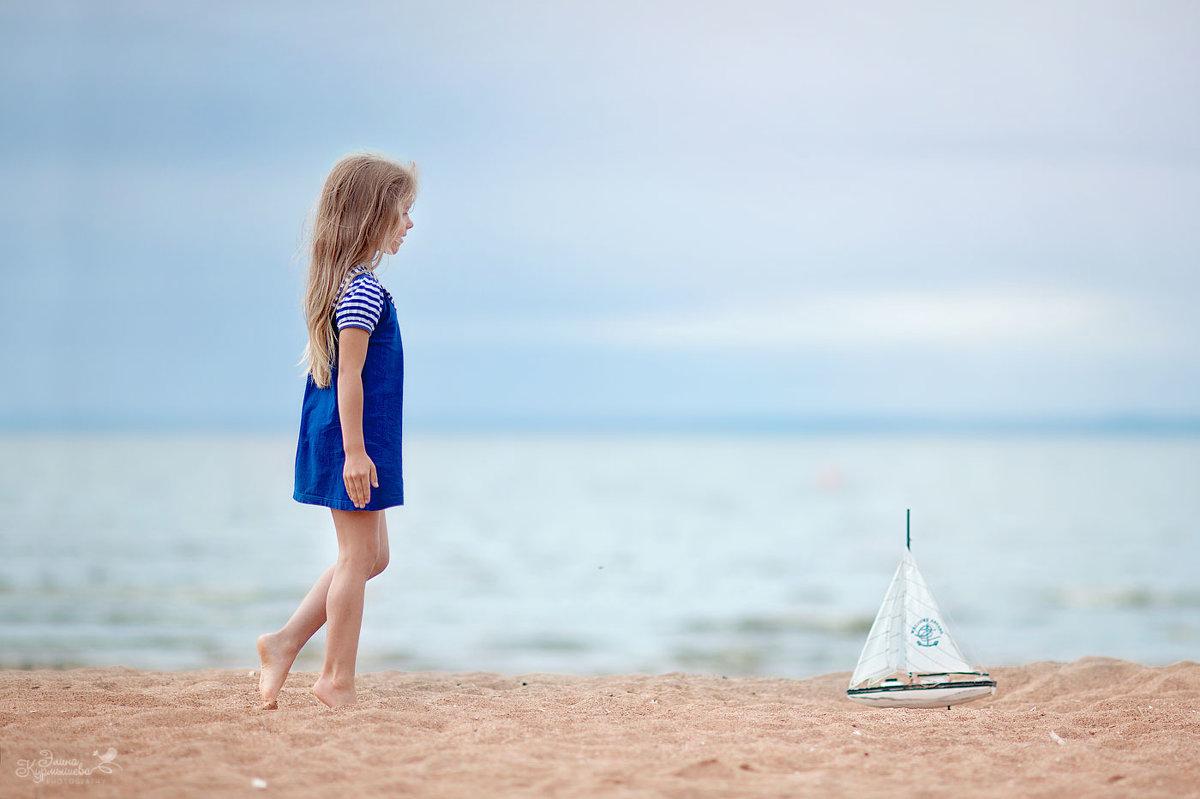 На берегу Финского залива - Элина Курмышева
