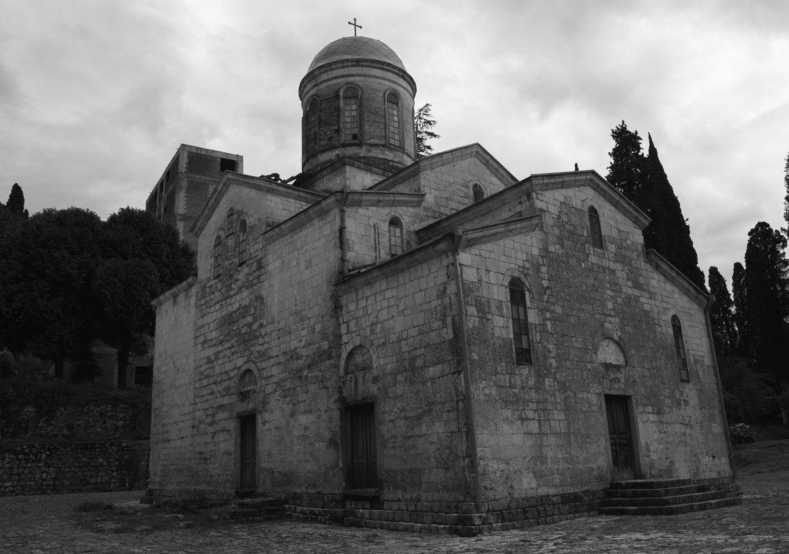 Храм Святого Апостола Симона Кананита в городе Новый Афон - Юлия Васильева