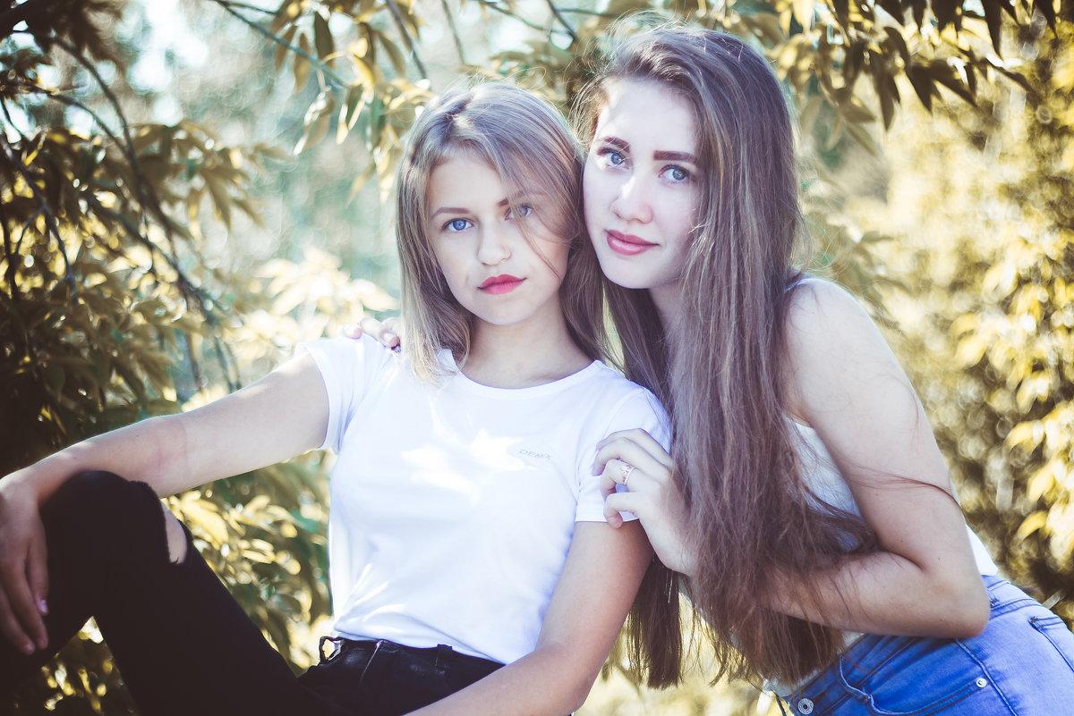 Юные, красивые, но такие разные... - Татьяна Зайцева