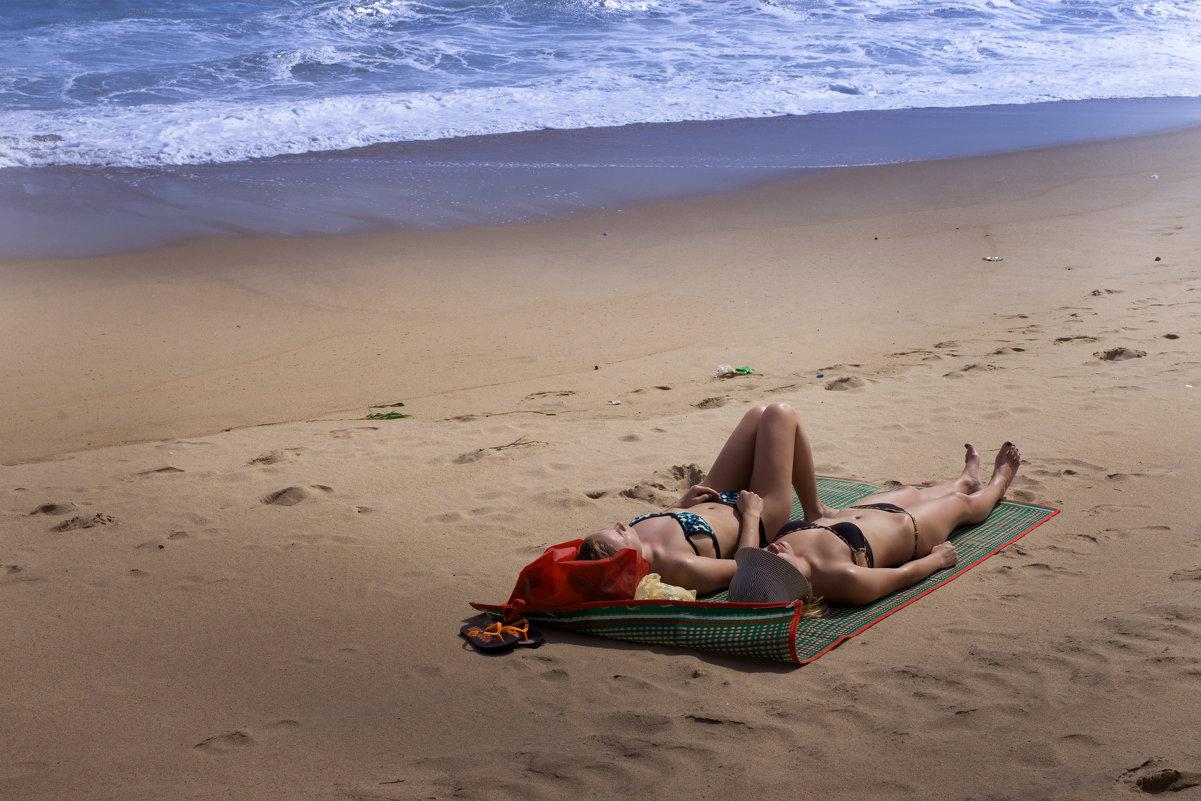 На пляже Нячанга. - Виктор Куприянов