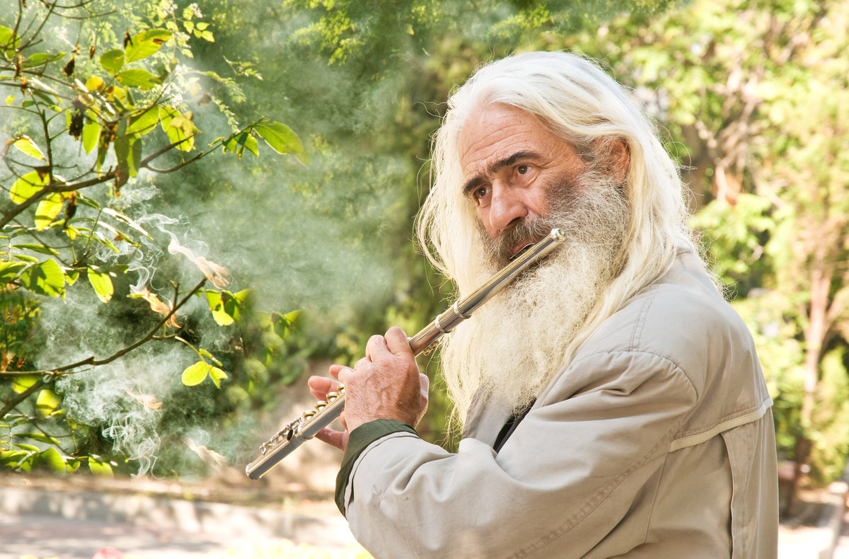 Уличный музыкант - Игорь Юрьев