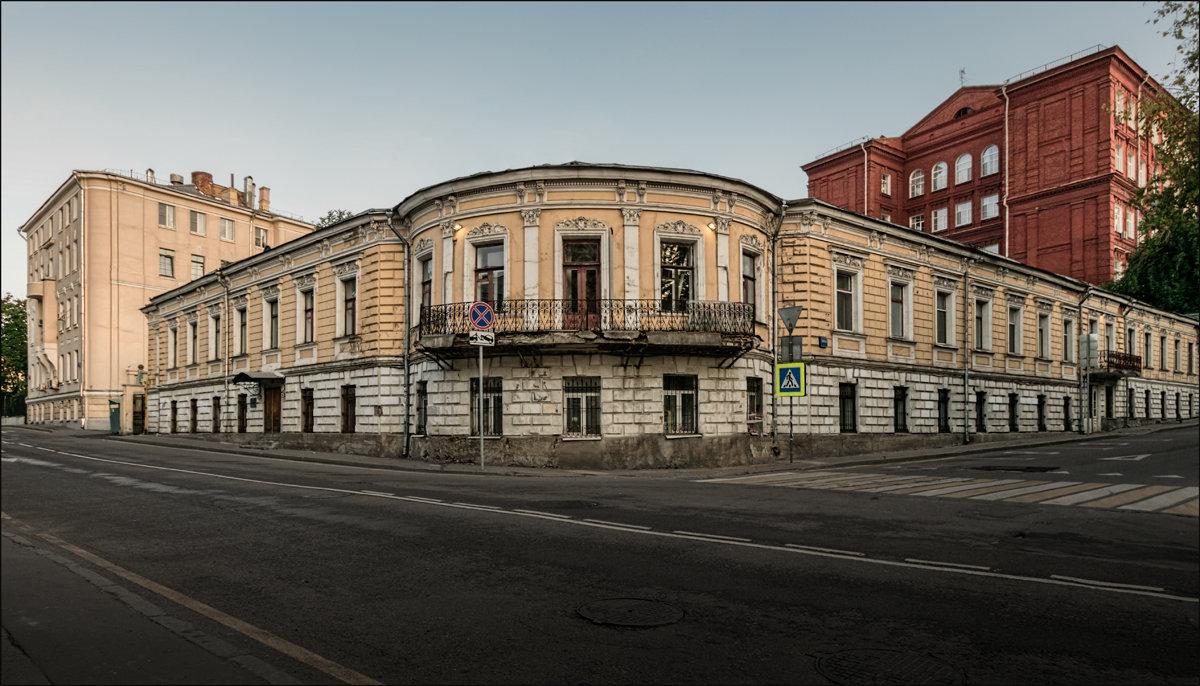 Колпачный переулок - Олег Фролов