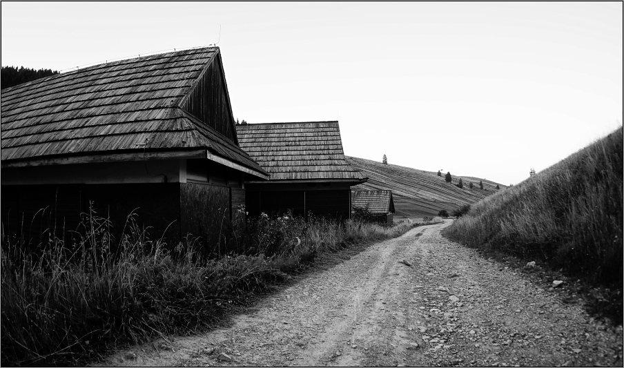 в конце деревни - Jiří Valiska