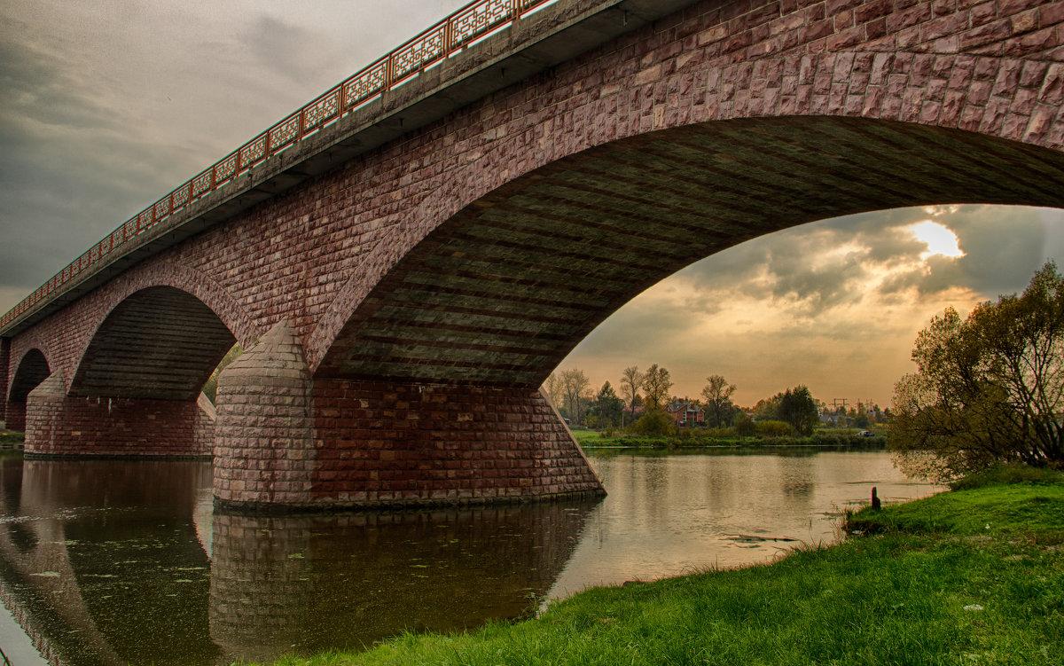Арка моста - Руслан Лутов