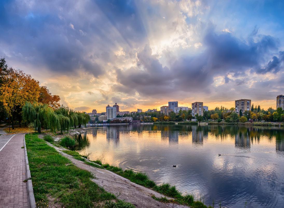 Вечер на Набережной - Юрий Шапошник