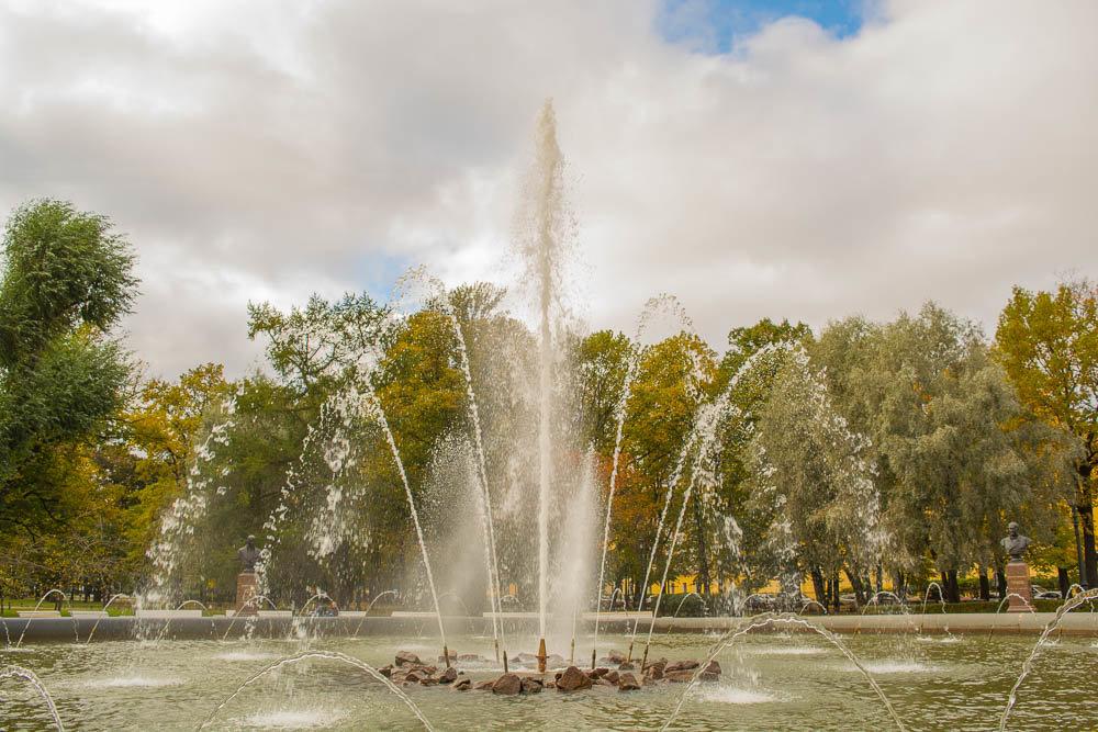 Адмиралтейский фонтан - Ольга