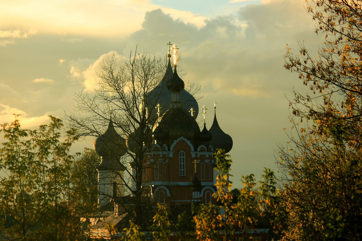 монастырские купола - Сергей Кочнев