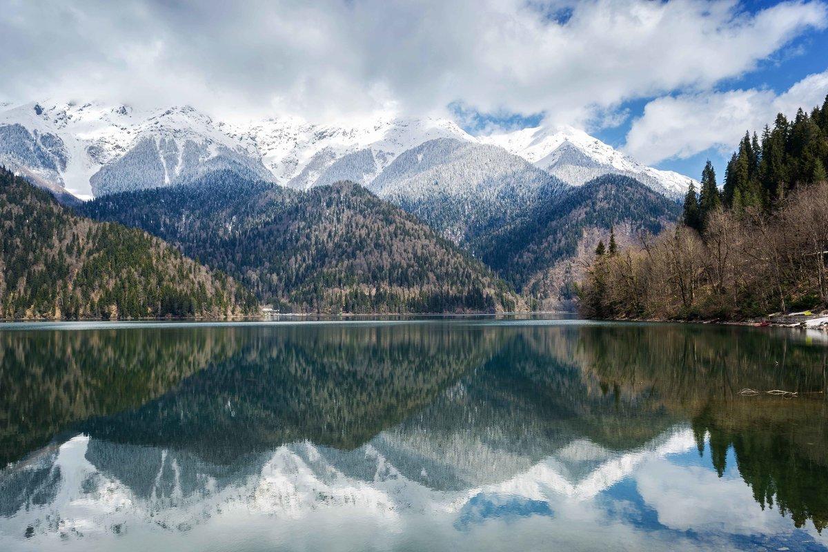 Горное озеро Рица - Ольга