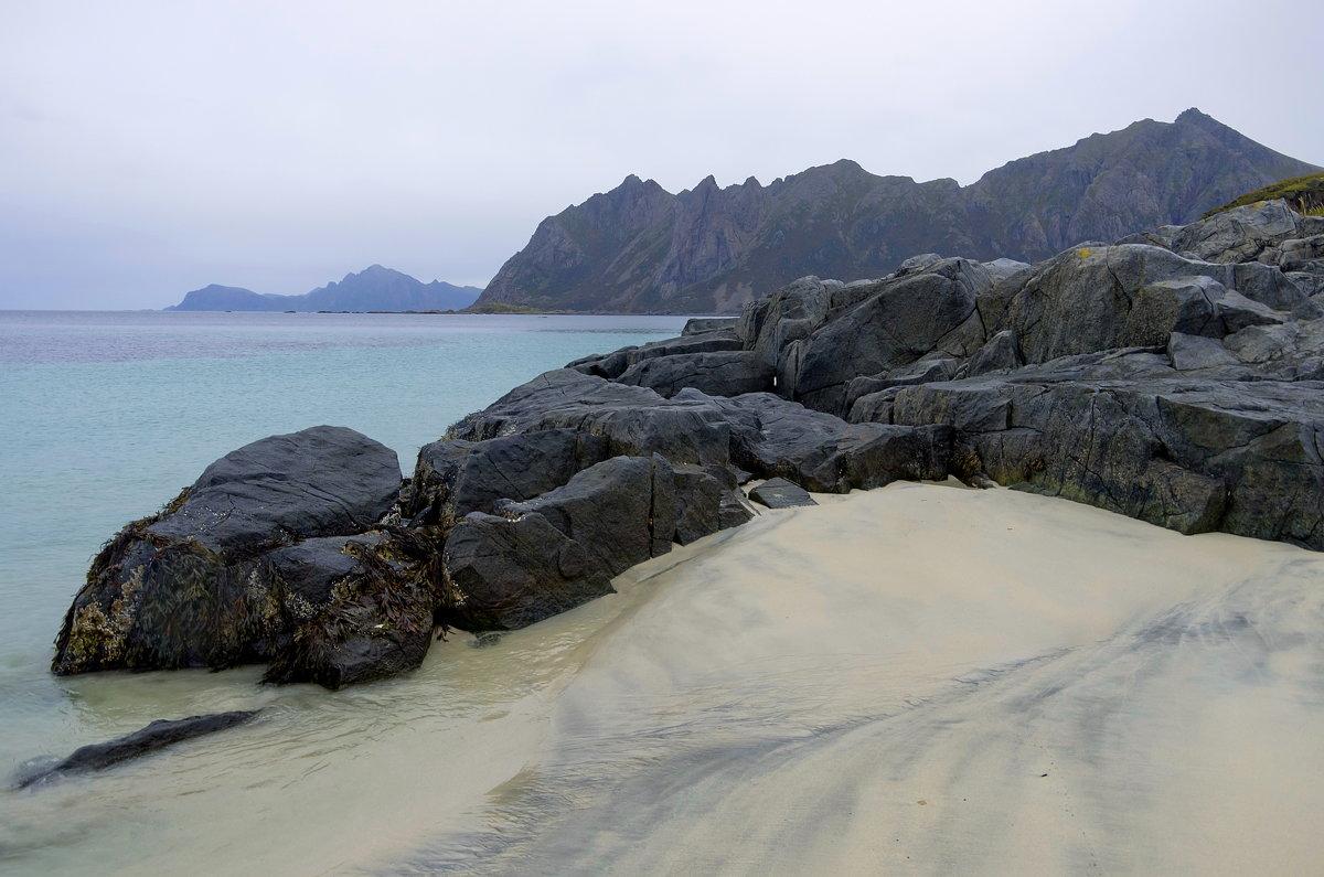 Суровые и прекрасные пляжи Лофотенских островов. - Ирэна Мазакина