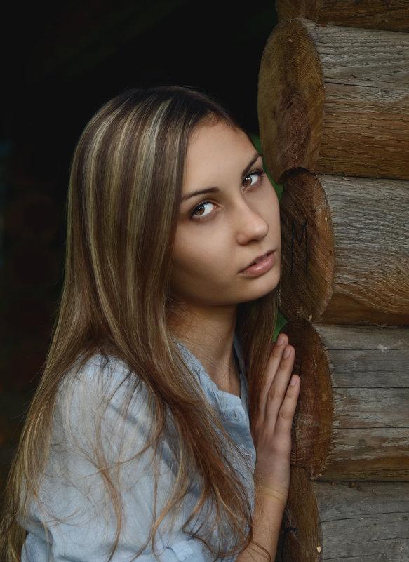 Портрет девушки - Ирина Голубятникова
