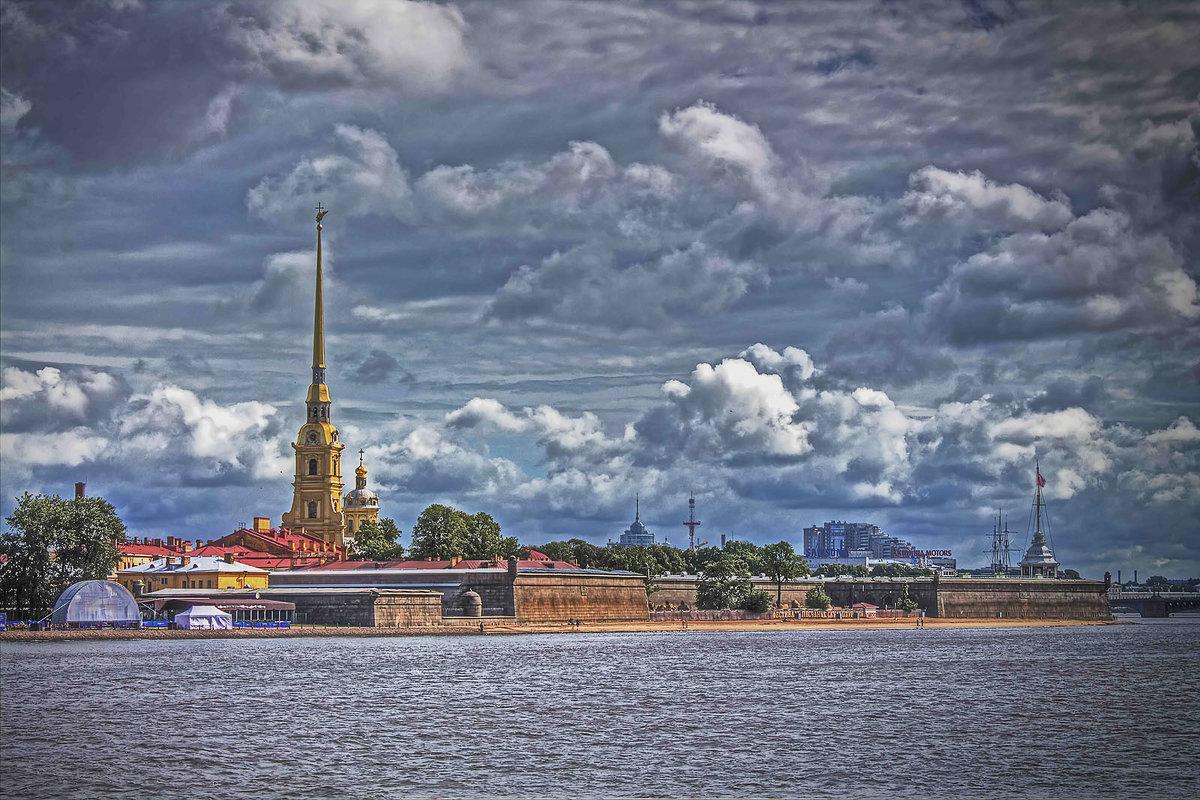Петропавловская крепость. Вид со Стрелки Васильевского острова - Julia Martinkova