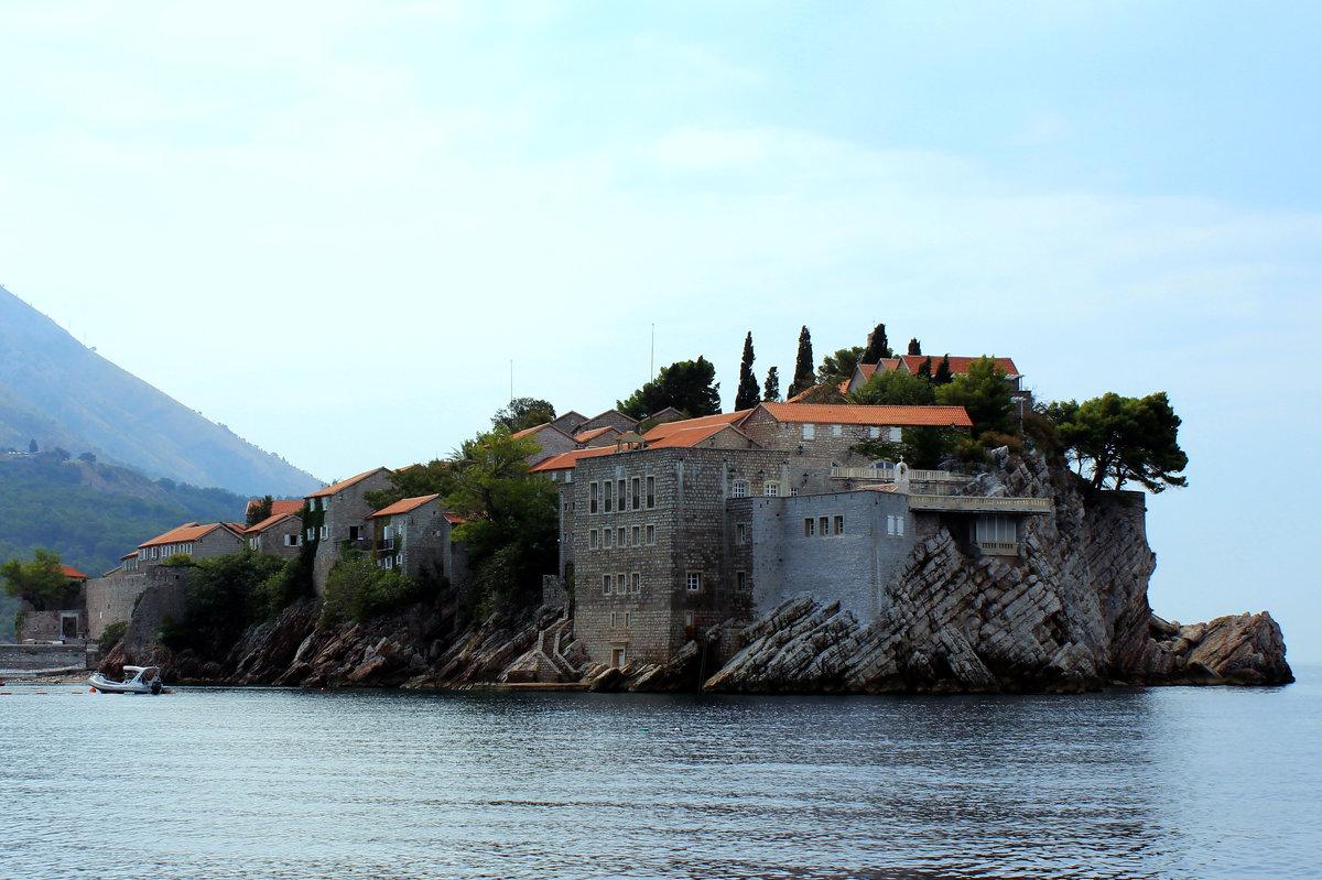 Остров Святого Стефана жемчужина Черногории. - Иван