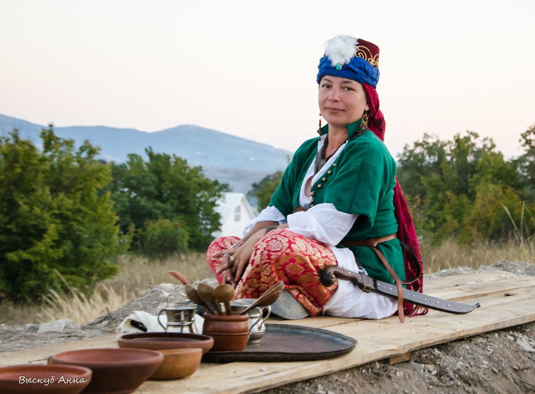 КВИФ, Крымская война - Анна Выскуб