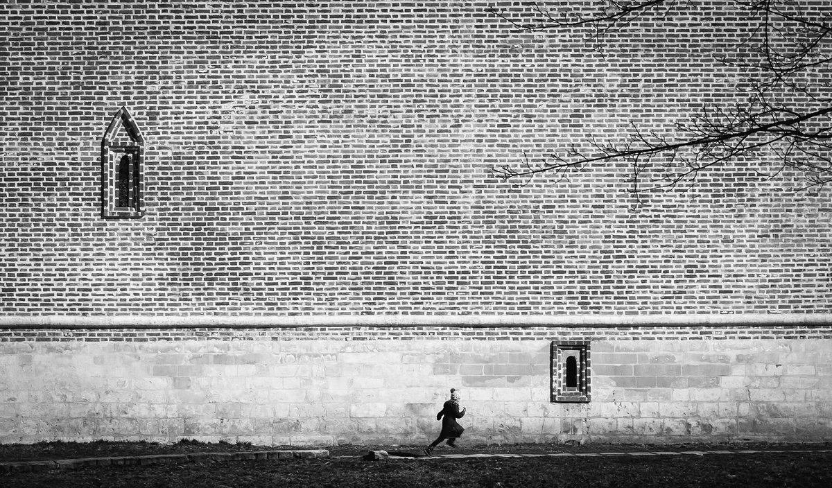Человек в архетектуре - Jhon Bashilone