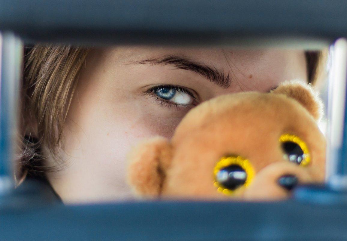 медовые глаза - Юрий Коробов
