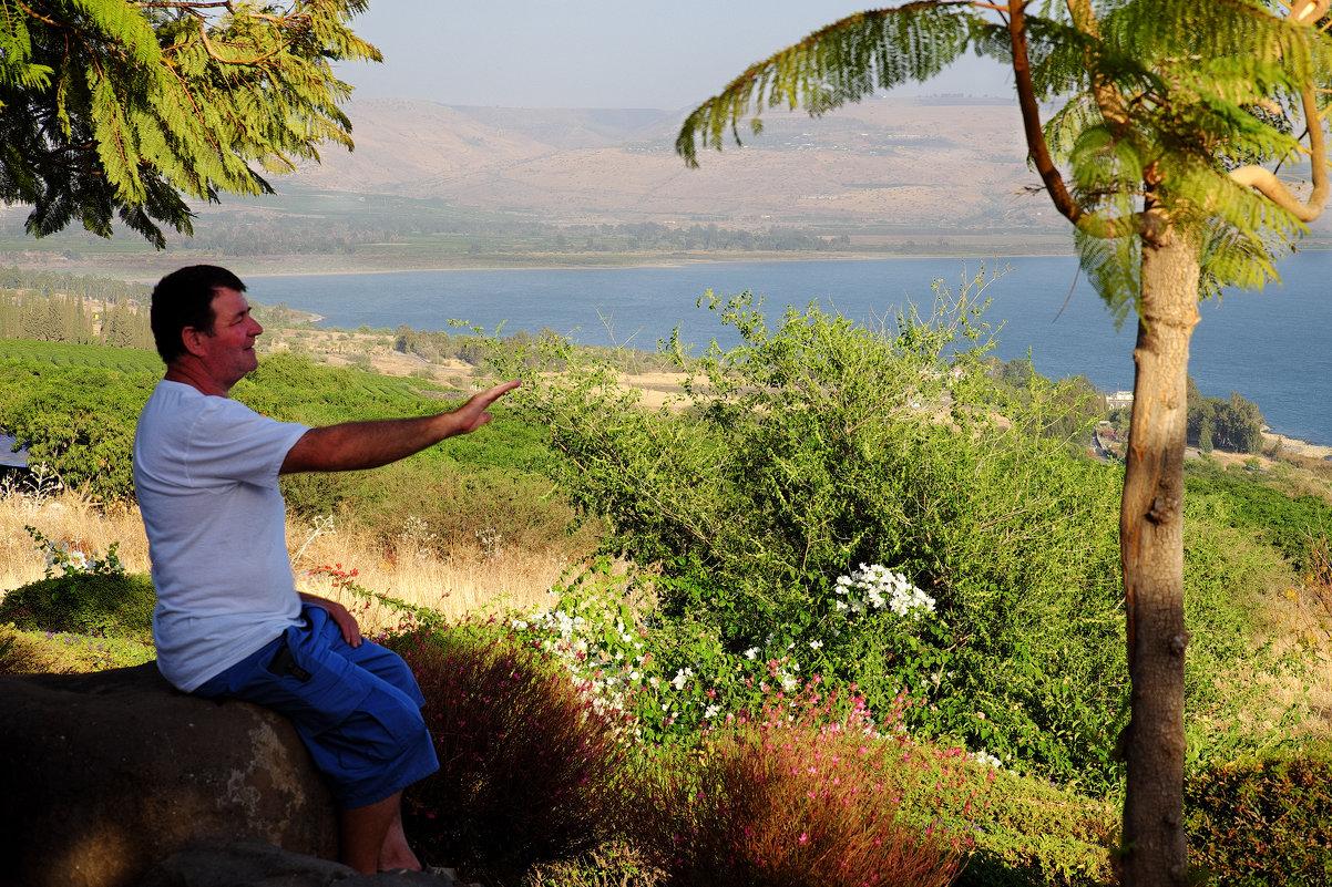 Деревяшкин заряжает галилейское море - Александр Деревяшкин