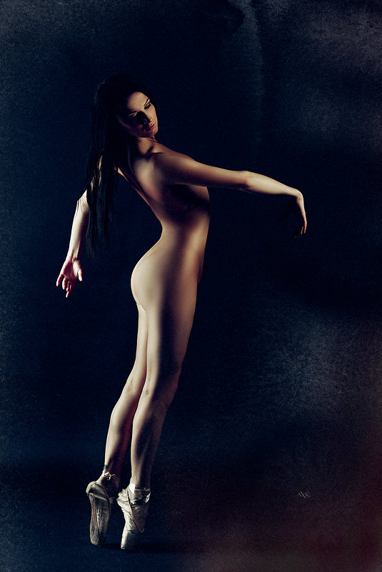Ballet in Nu - Ruslan Bolgov