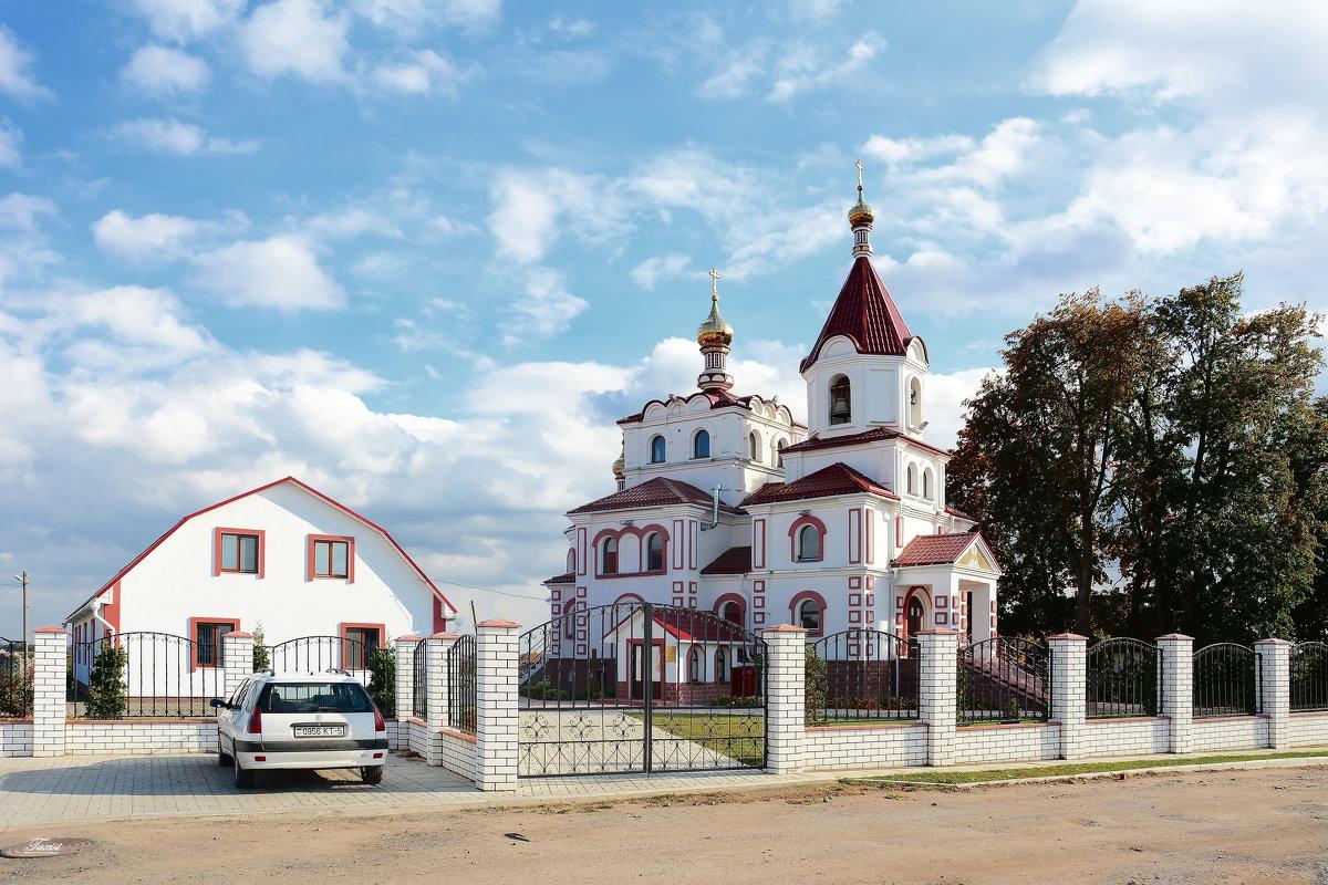 Храм святителя Николая Чудотворца в поселке Привольный - Paparazzi