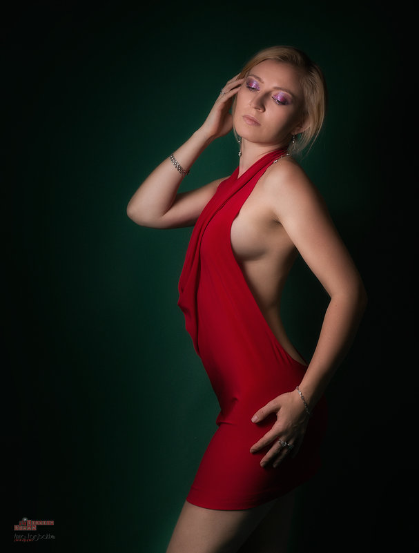 Анна - Roman Sergeev