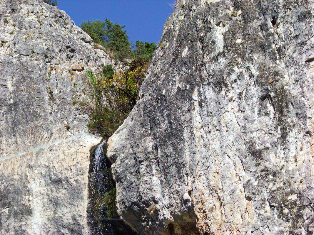 Непреступные скалы - Варвара
