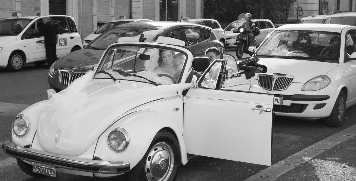 Простая свадьба в Риме. Снято на улицах города. - Елена Мартынова